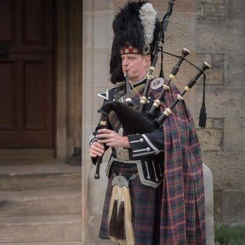 Edinburgh Bagpiper for Hire Cameron Kilt