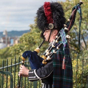 How much is a bagpiper for a funeral